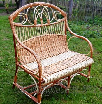 Как ухаживать за мебелью в саду