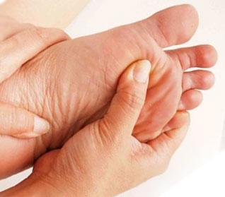 Как быстро избавиться от мозолей на ногах в домашних условиях