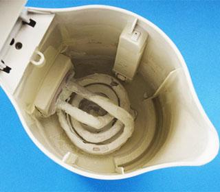 как удалить накипь в электрочайнике в домашних условиях