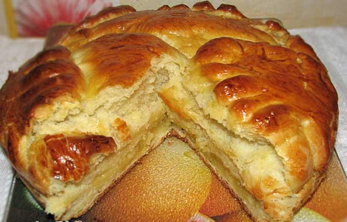 дрожжевой пирог с лимонной начинкой