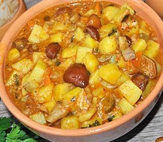 тушеный картофель с сушеными грибами